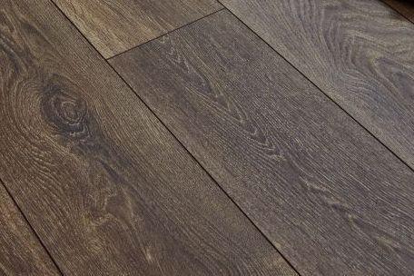 Luxurious Duke Winchester Oak Laminate, Winchester Oak Wood Plank Laminate Flooring